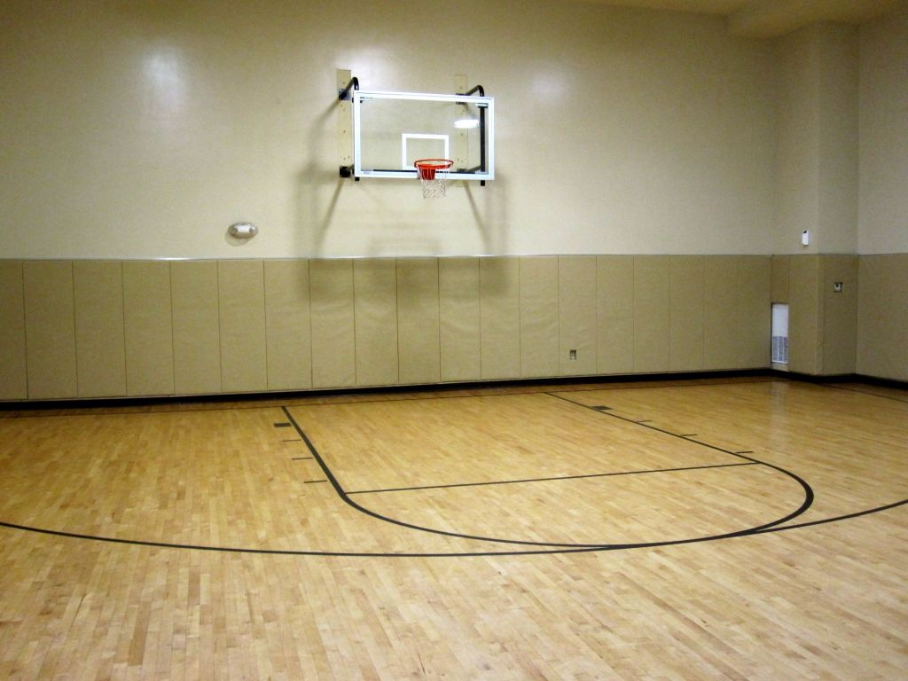 Inspiring tips and ideas for anyone who want to be the for How much does it cost to build indoor basketball court