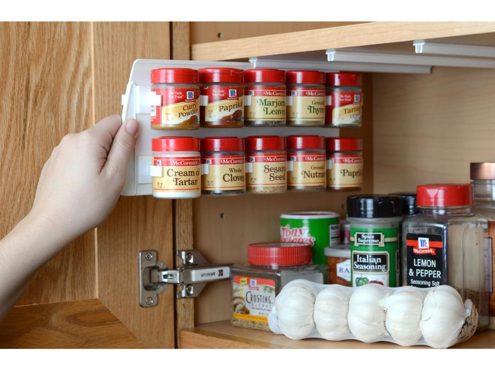 Pleasing Kitchen Decor Ideas With Wall Shelf For Saving Foods