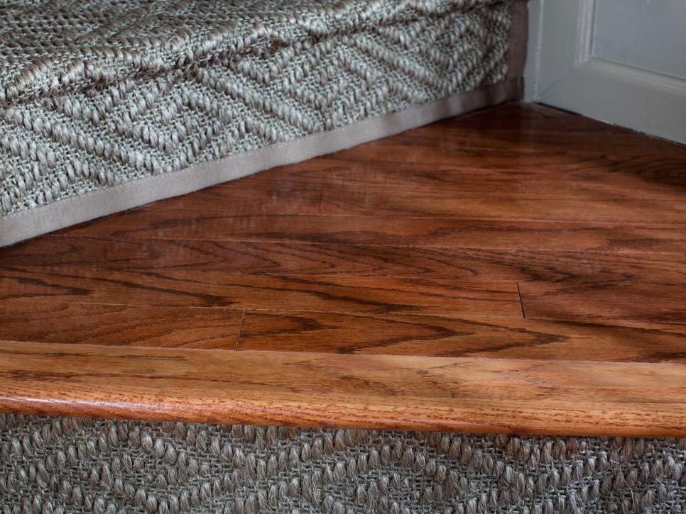 Seductive Design Of Faux Wood Flooring In Natural Color Style