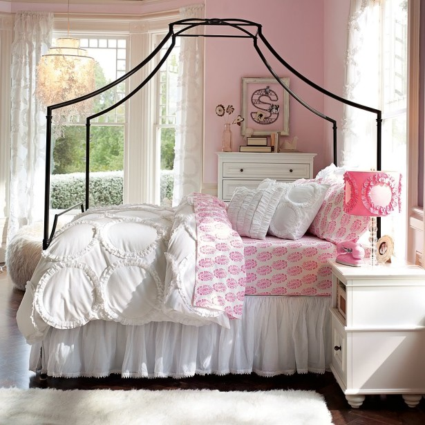 Luring Bed With Black Canopy also Dressers For Tween Bedroom Design