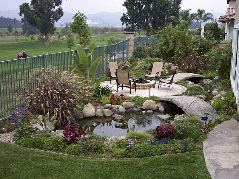 Create Your Beautiful Gardens with Small Backyard ... on Small Yard Landscaping Ideas id=73829