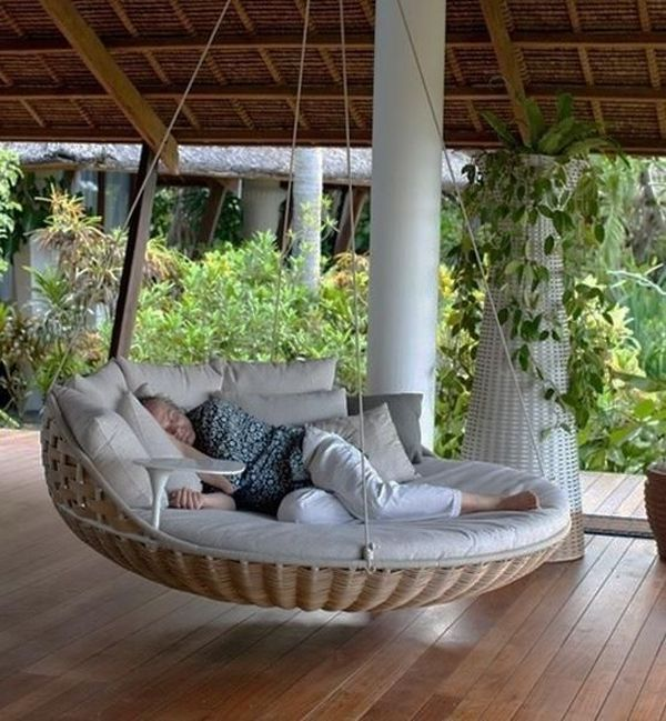 Luring Terrace With Round Bed Swing Using Matress and Pillow