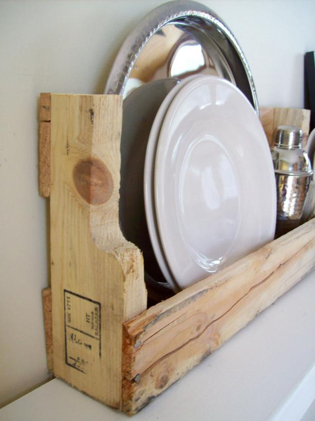 Pleasing Interior Kitchen With Wooden Wall Mount Shelve For Plate