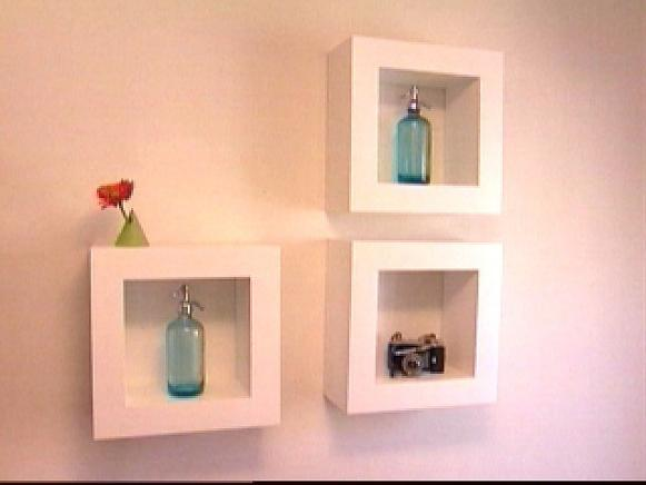 Seductive Interior Room Design With White Square Mount Wall Shelf