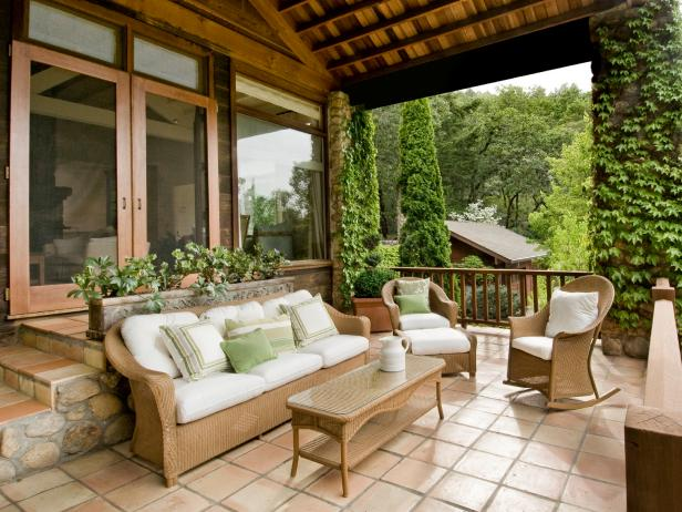 Stylish Porch Ideas With Charming Sofa and Rocking Chair Decor