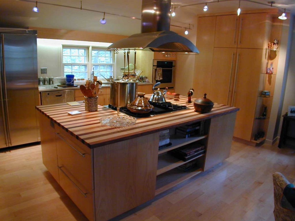 Widen your kitchen with a kitchen island midcityeast for Latest kitchen island designs