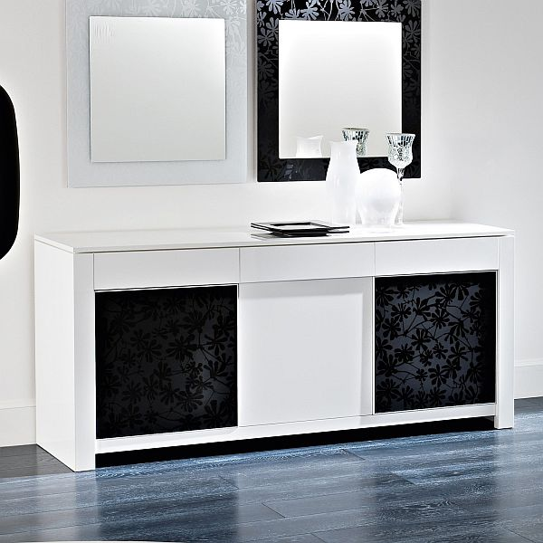 Comely Style Of Modern Table also Two Square Mirrors With Chic Frames