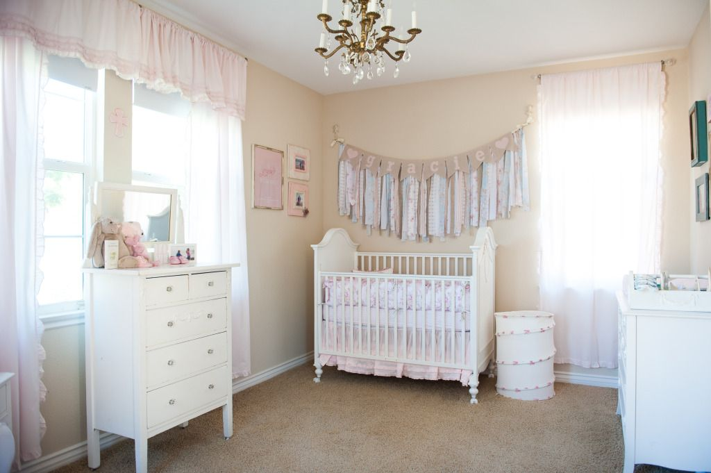Exceptionnel Grand Dresser Also Crib Plus Chandelier For Modern Baby Furniture