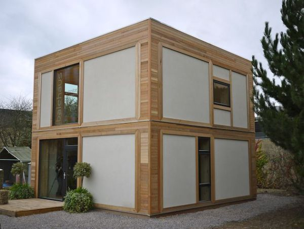 Horrible Exterior Two Storey Prefab House With Small Window and Chic Wall