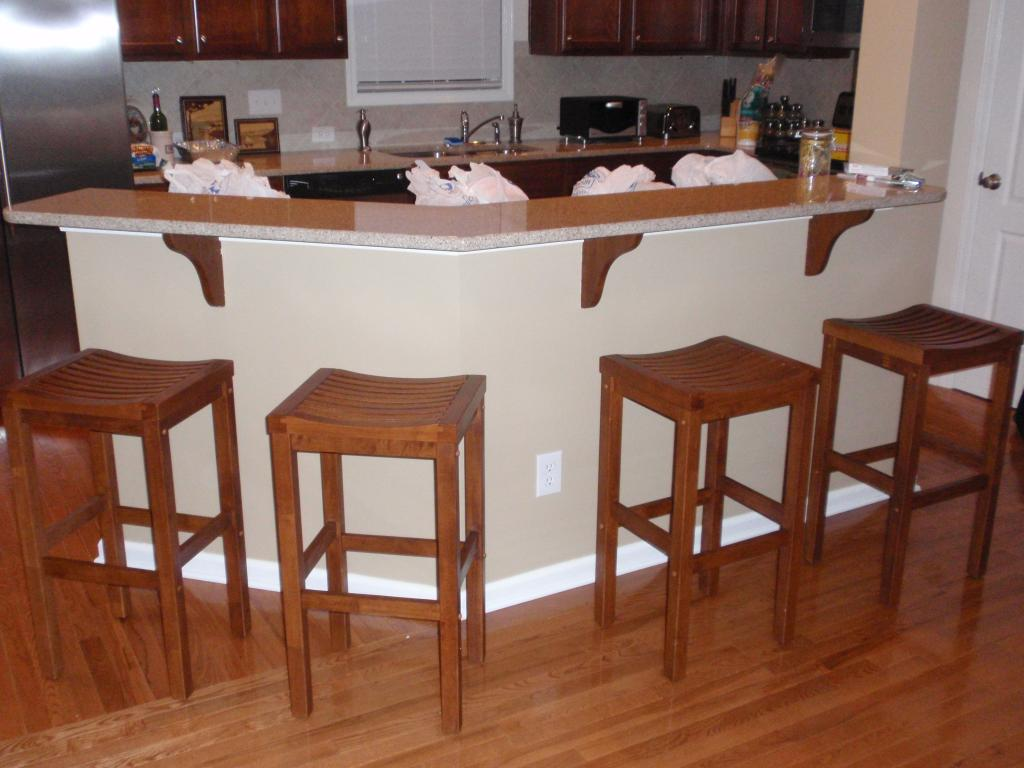 Lovely Bar Table And Wooden Stools For GReat Kitchen Islands Ideas